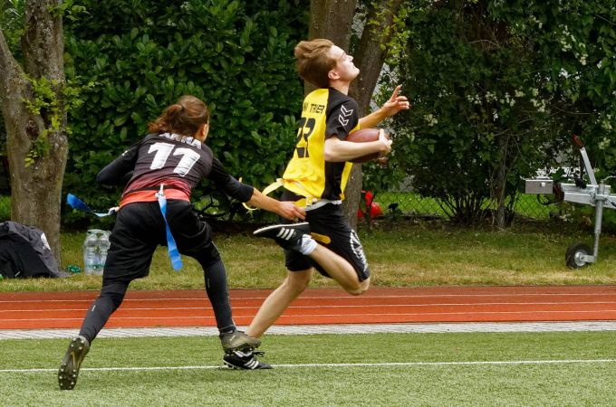 adh-open-flag-football-2017-kelkheim-teams_032.jpg